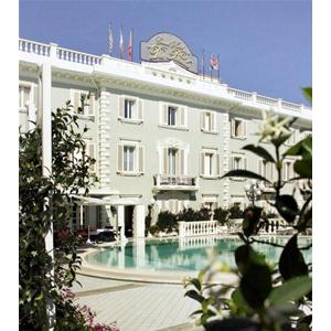 Residence rimini hotel riccione 5 stelle grand hotel for Hotel des bains et residences